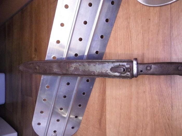 Фото: Черные копатели: Немецкий нож SOLINGEN