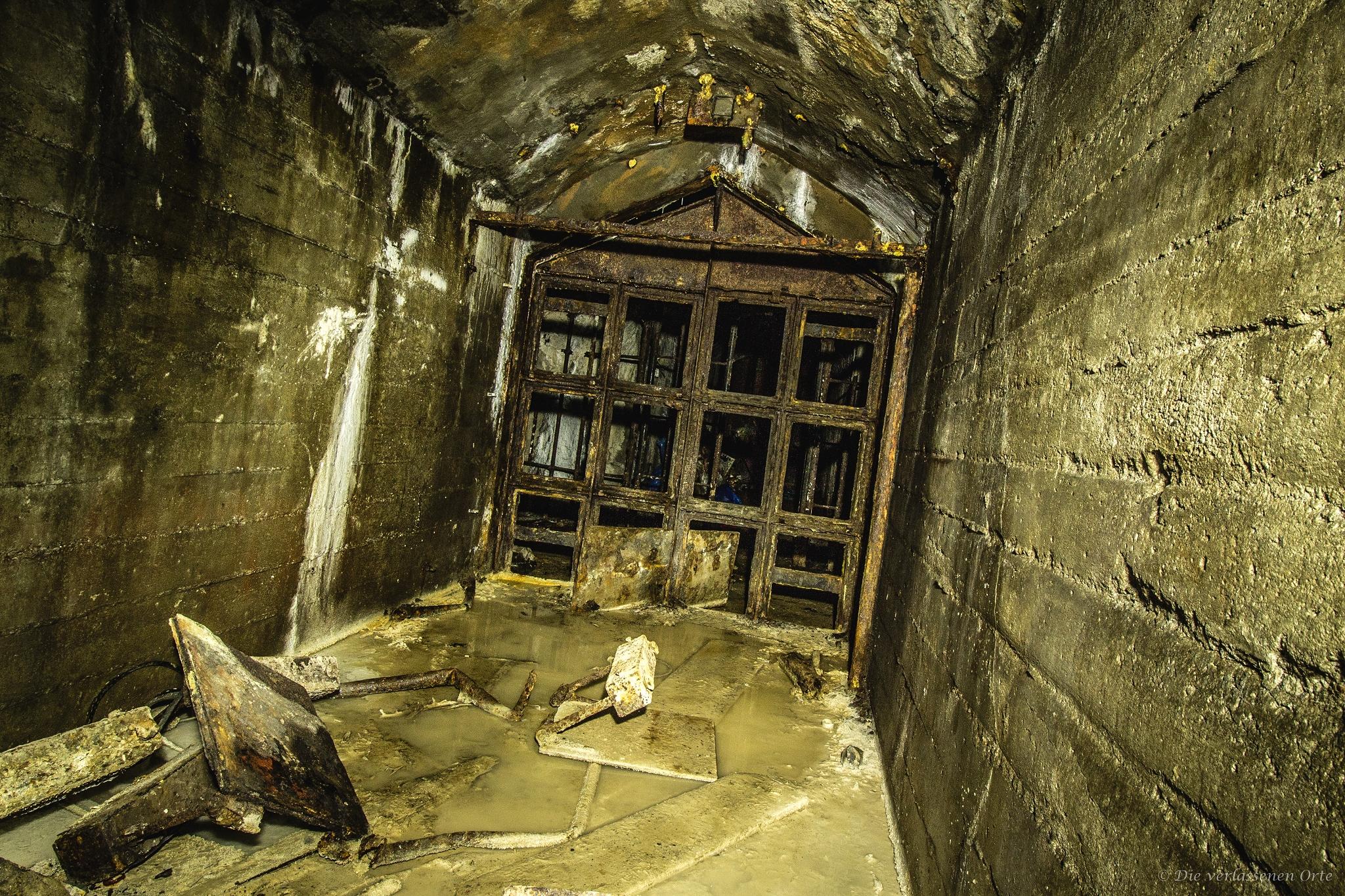 Немецкий бункер времен Второй Мировой Войны