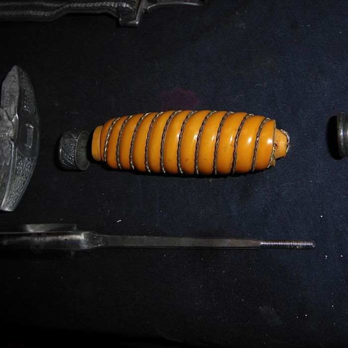 Фото: Найден даггер принадлежавший немецкому офицеру